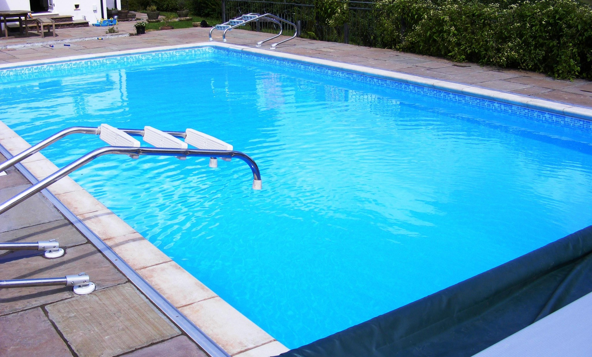swimming-pool-renovation2
